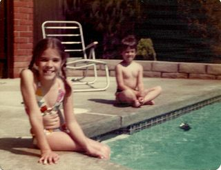 Pool_1975